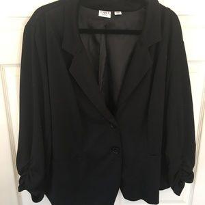 Cato 22/24 Black Blazer